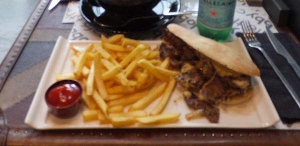 昼食ガスパチョ02_2日目3ラスロサスビレッジアウトレット_ある日本人観光客のスペイン旅行記