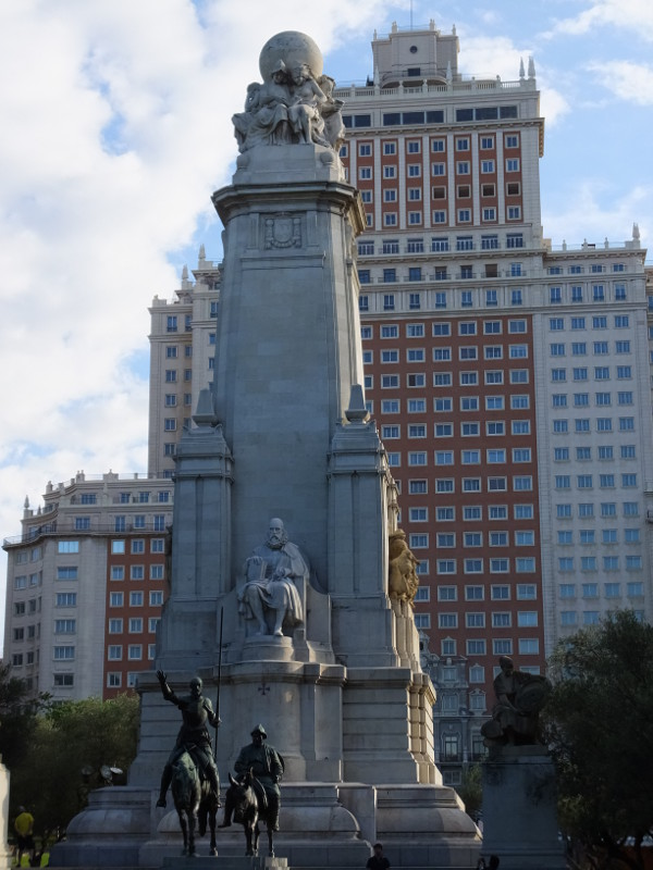 ドンキホーテサンチョパンサ00_2日目2スペイン広場_ある日本人観光客のスペイン旅行記