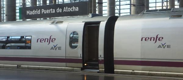 renfe_ave01_12月ニュース_ある日本人観光客のスペイン旅行記