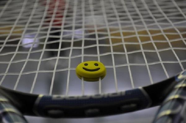 テニスラケット01_ニュース錦織テニス_ある日本人観光客のスペイン旅行記