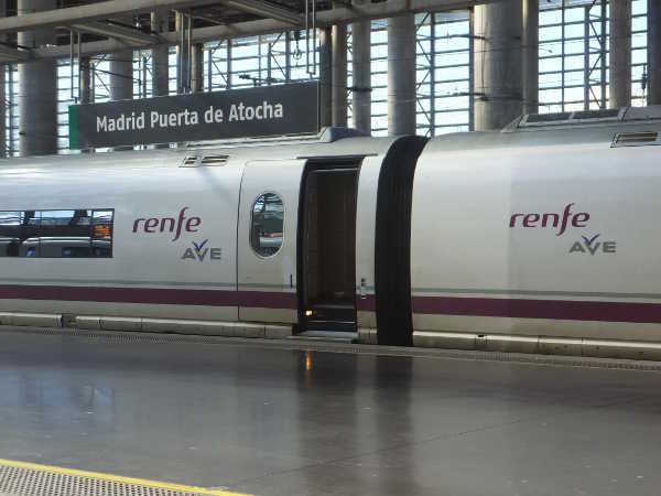 renfe車両01_4-1renfe_ある日本人観光客のスペイン旅行記