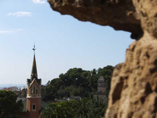 グエル公園08回廊_バルセロナ5-2ある日本人観光客のスペイン旅行記