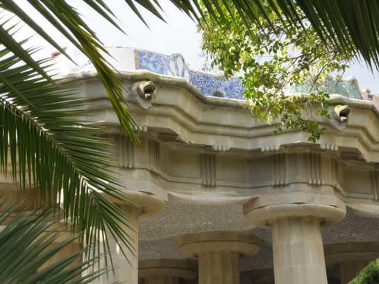 グエル公園70中央広場下_バルセロナ5-2ある日本人観光客のスペイン旅行記