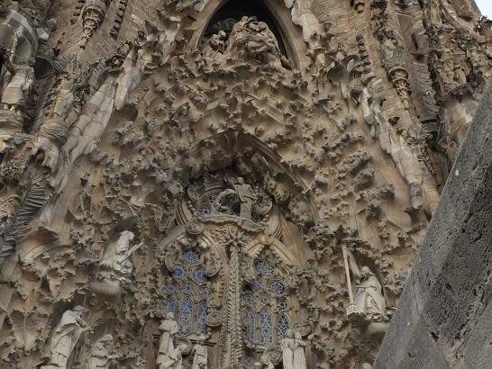 サグラダファミリア26生誕の門_バルセロナ5-4ある日本人観光客のスペイン旅行記