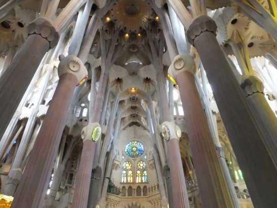 サグラダファミリア08内部_バルセロナ5-4ある日本人観光客のスペイン旅行記