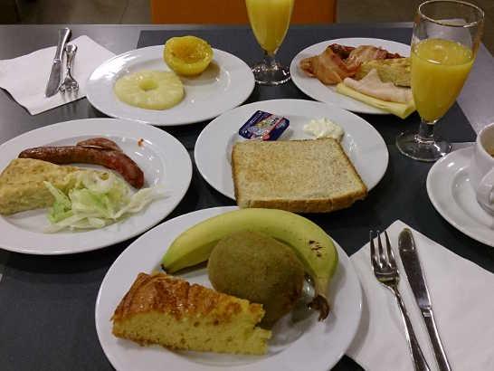 ヴィアアウグスタ朝食00_バルセロナ_ある日本人観光客のスペイン旅行記