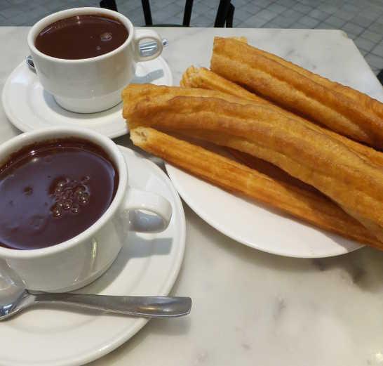 チョコラテコンチュロス00_3日目5サンヒネス_ある日本人観光客のスペイン旅行記