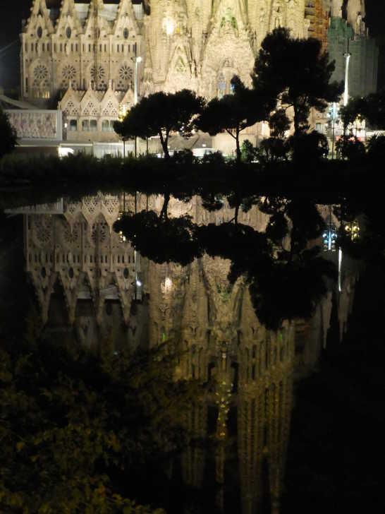 サグラダファミリア夜景12_バルセロナ_ある日本人観光客のスペイン旅行記