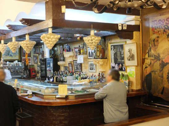 ビニャペー01_マドリードバル_スペイン旅行記